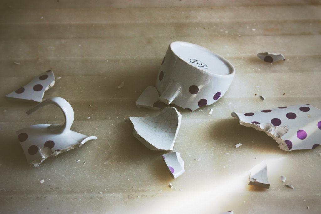 broken mug